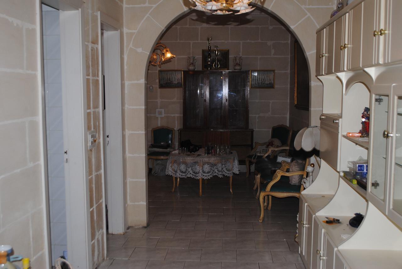 L-Iklin Gr Floor Maisonette P000220032