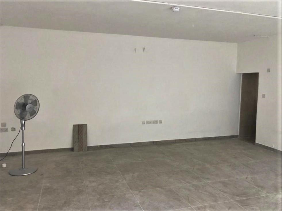 Qawra Commercial P000227221
